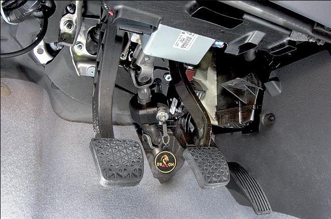 Противоугонное механическое устройство DRAGON на рулевой вал